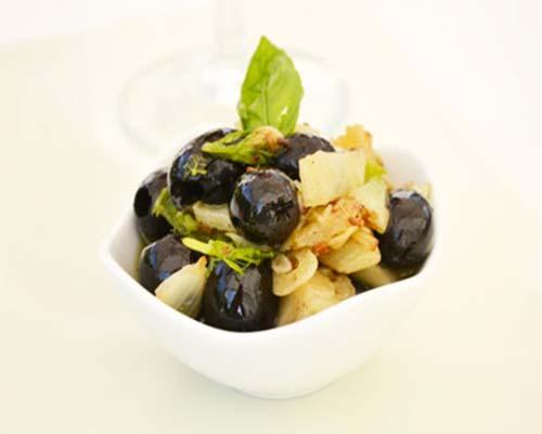 Marinovannye olivki
