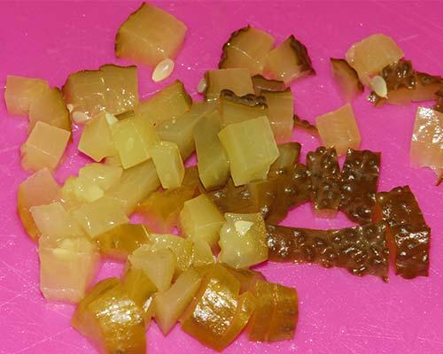 konservirovannye ogurtsy dlya salata