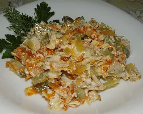 Salat Obshorka s kuritsej