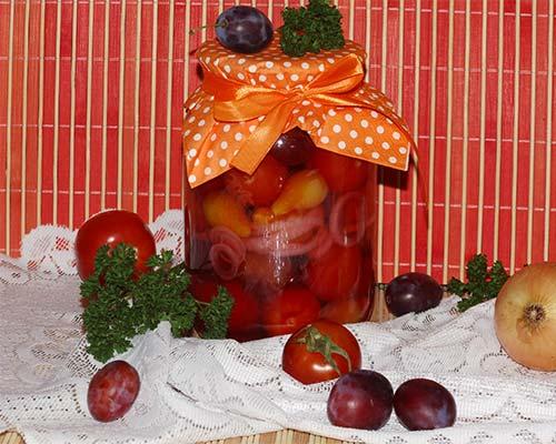 Консервация из помидоров со сливами