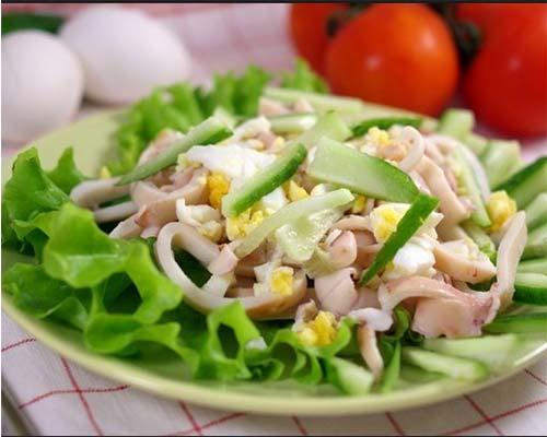 Салат с кальмарами рисом и яйцом самый вкусный пошаговый рецепт с